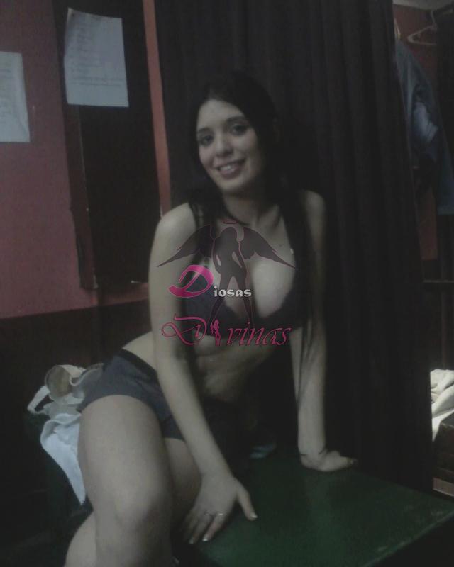 peruvian escort desnudo